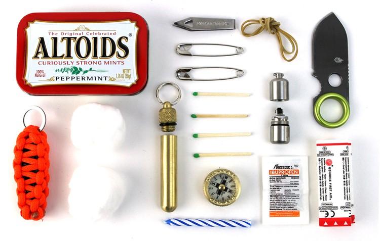 Набор для выживания или НАЗ в коробочках из-под драже ALTOIDS для вашего EDC