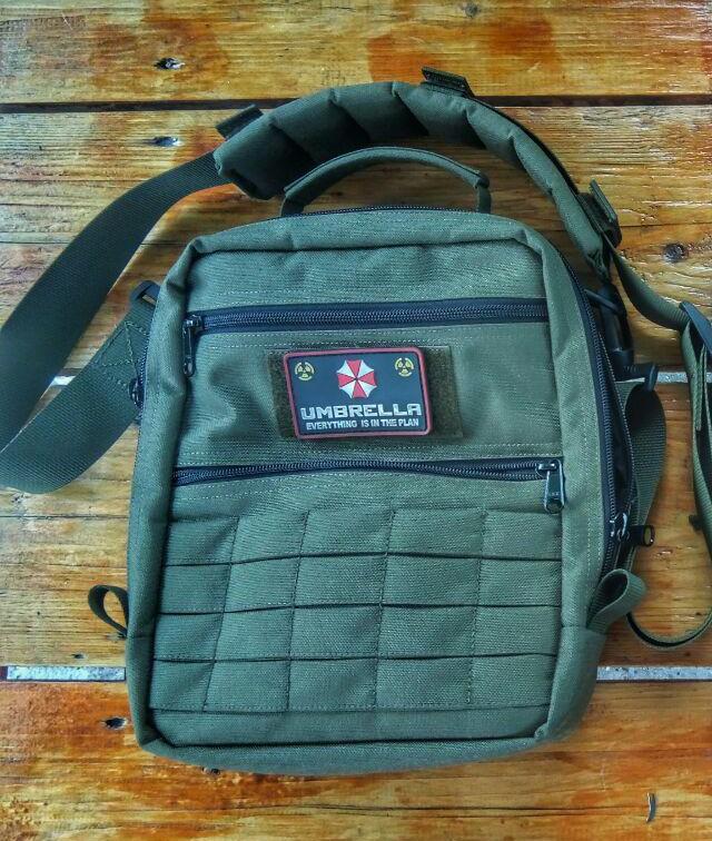 Обзор наплечной сумки Tactical+ от UrbaNext