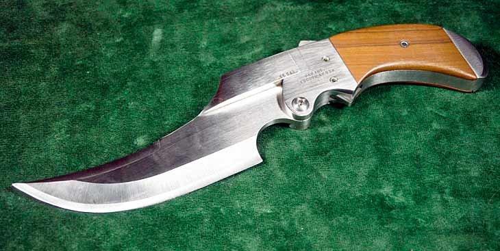 Нож-пистолет Пауэлла – оружие с сюрпризом