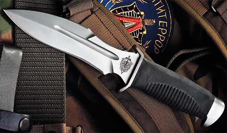 «Каратель» - нелепая модель или идеальное холодное оружие