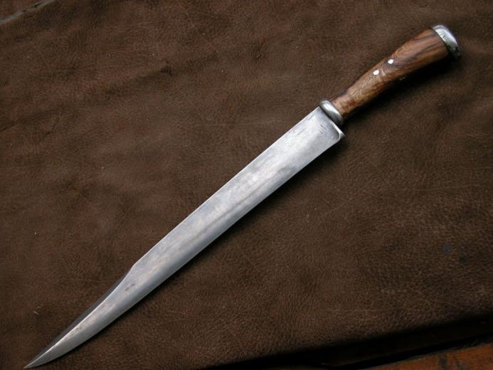 Ножи испанских бандитов