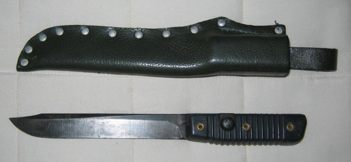 М95 J.P.Peltonen или Glock78? Какой из них выбрать любителям военных ножей.