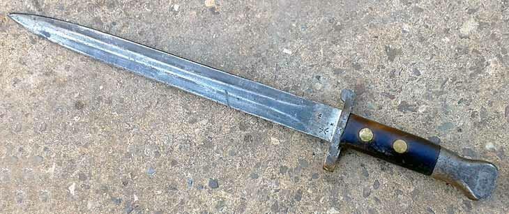 Экспериментальный штык-нож к АК-74 – а мог бы быть он, вместо модели 6Х5?