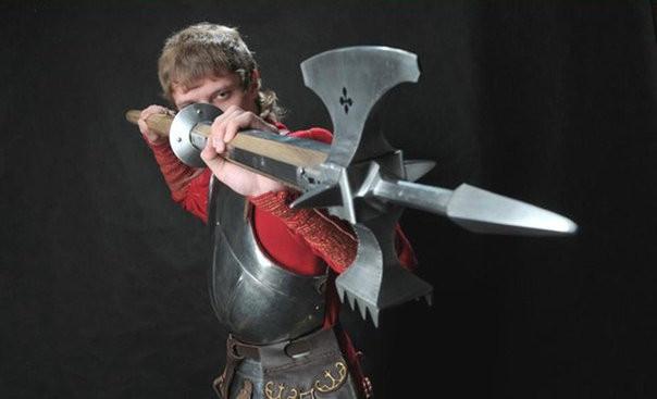 Полэкс - уникальный гибрид секиры, боевого молота и копья