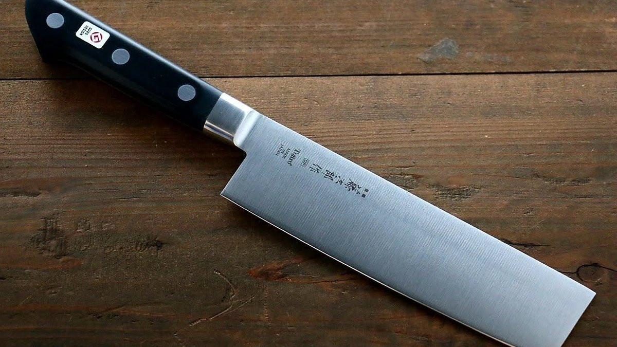 Как правильно выбрать нож в подарок?