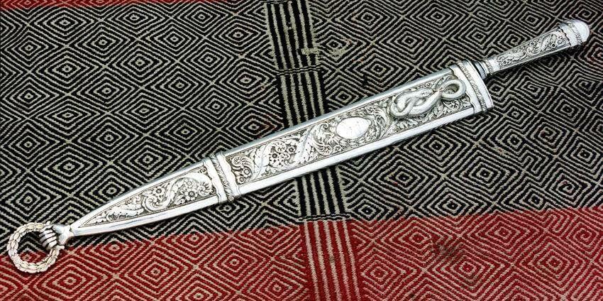 Нож Факон