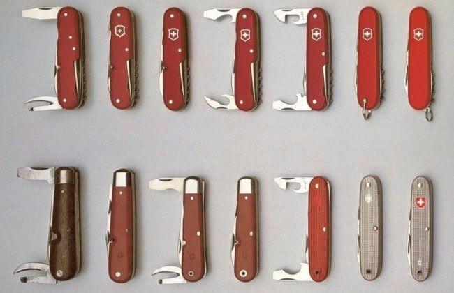 Историю развития ножей Викторинокс можно проследить по этой фотографии