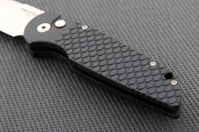 Pro-Tech Tactical Response 3 Black Fish Scale Stone Wash Blade