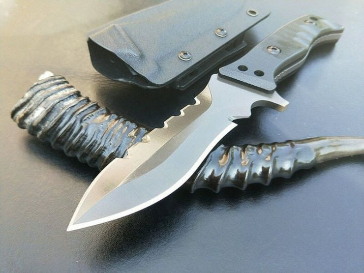Тактический боевой нож