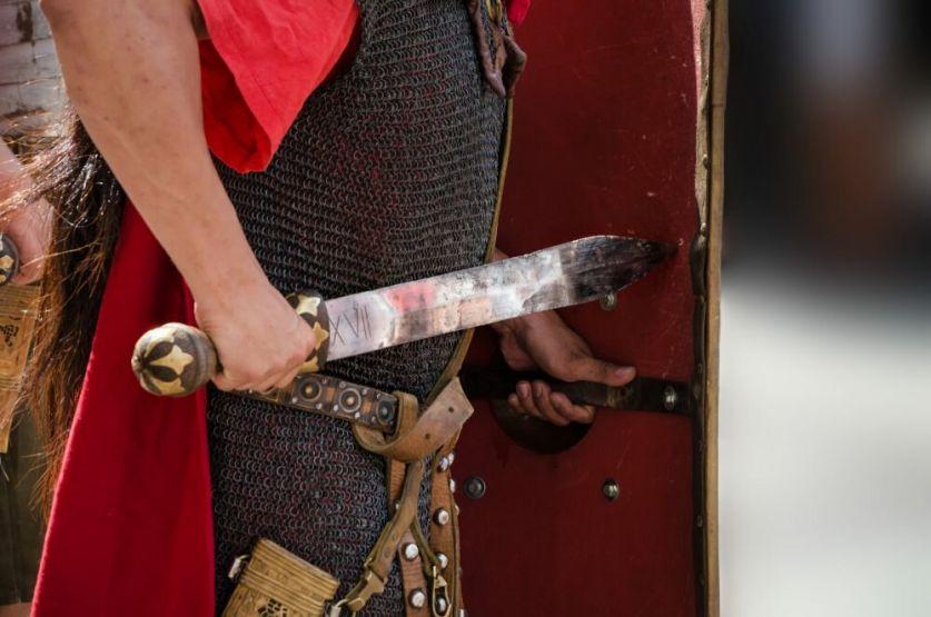 Итальянский меч чинкуэда