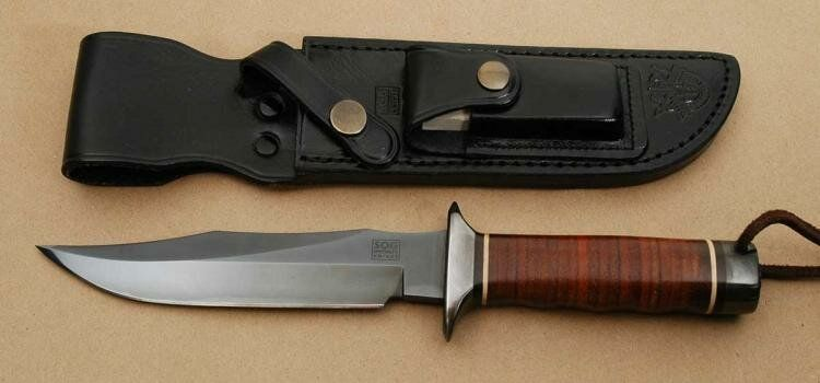Появление первых ножей SOG