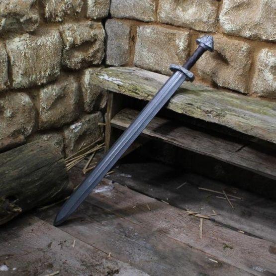Первые мечи