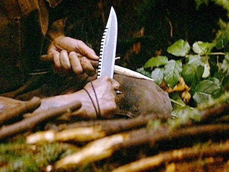 Стоит ли покупать себе нож Рембо?